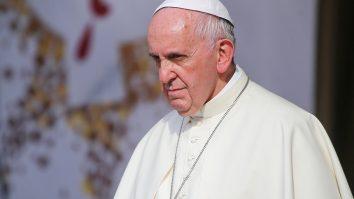 Papa Francisc economia